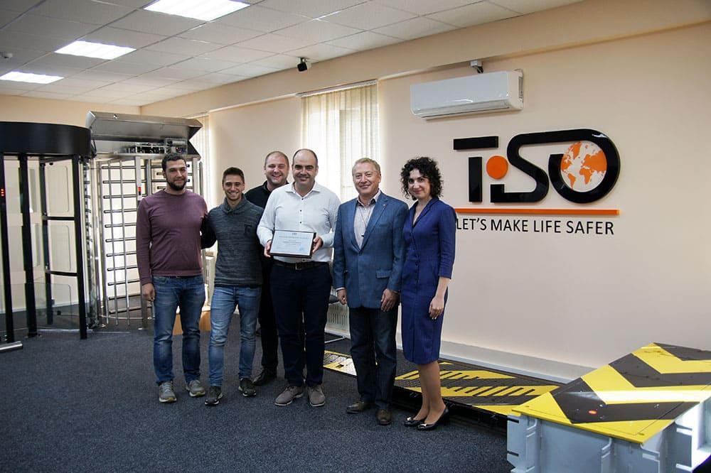 Accesor - socio único de TiSO en España.