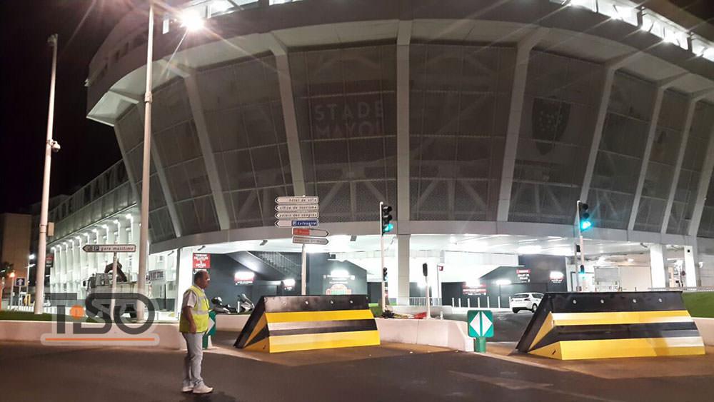 M30 Série de bloqueadores de estradas de alta segurança, Stade Mayol, Toulon, França