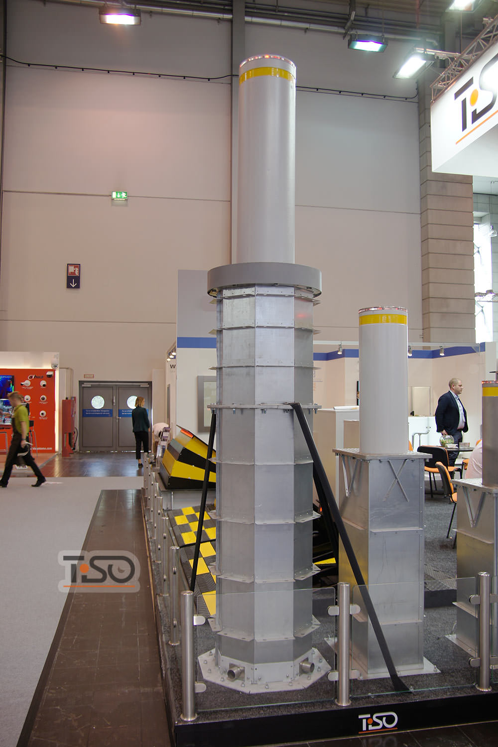 High Security Automatic Bollards Of European Manufacturing