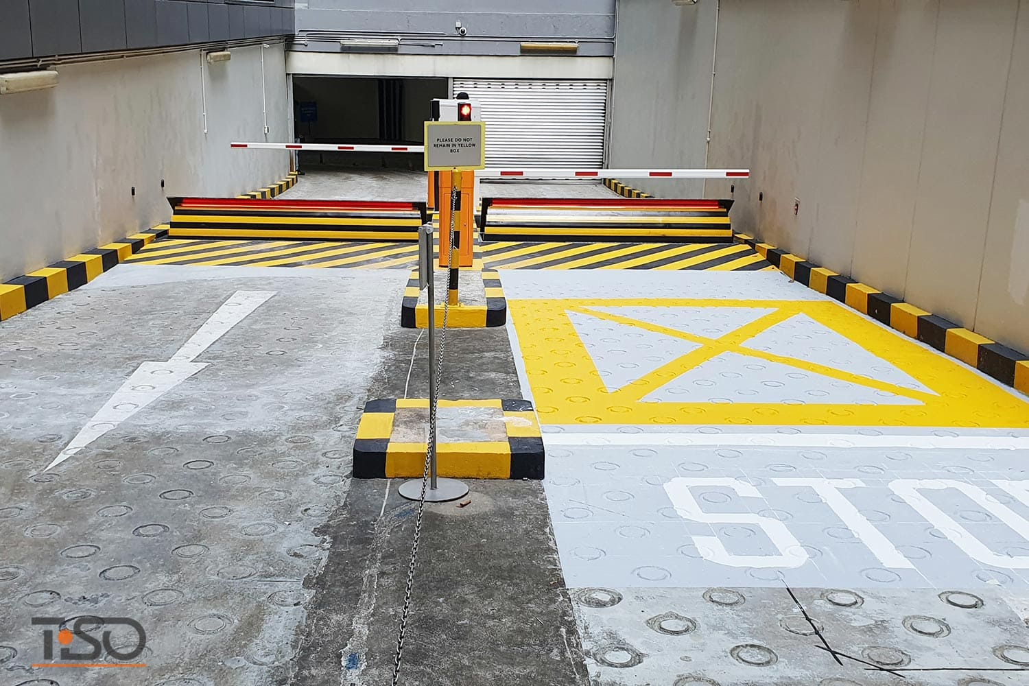 High security Speedbump, Ministry of Finance, Singapore