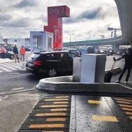 M30 عالي الأمان Speedbump ، المطار ، باريس ، فرنسا