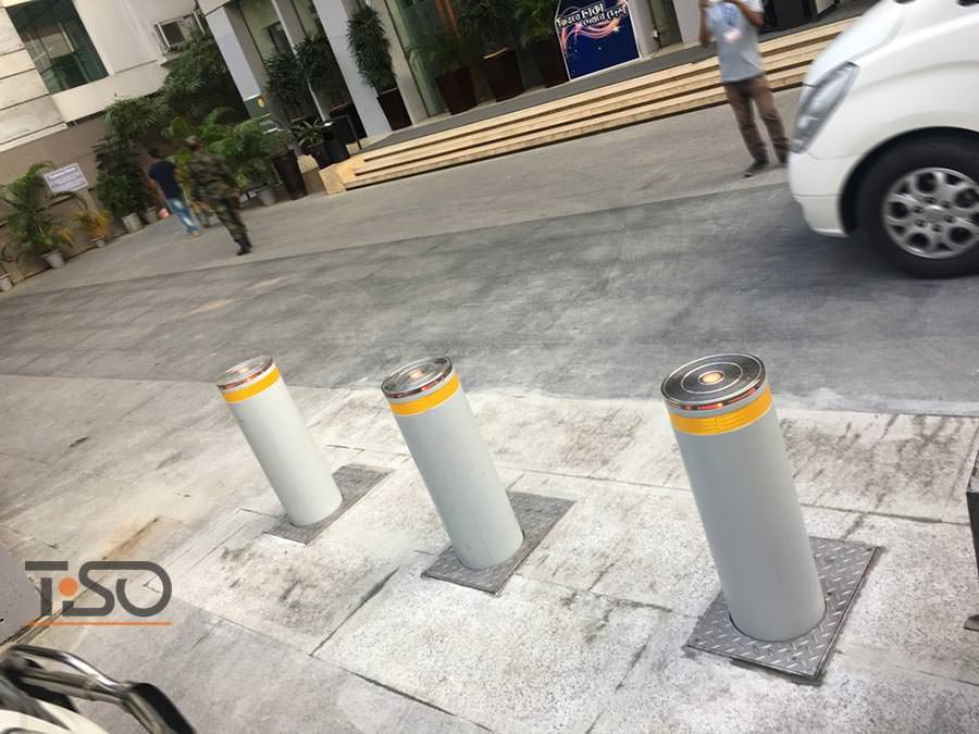 Traffic automatic bollards, Amari Hotel, Dhaka, Bangladesh